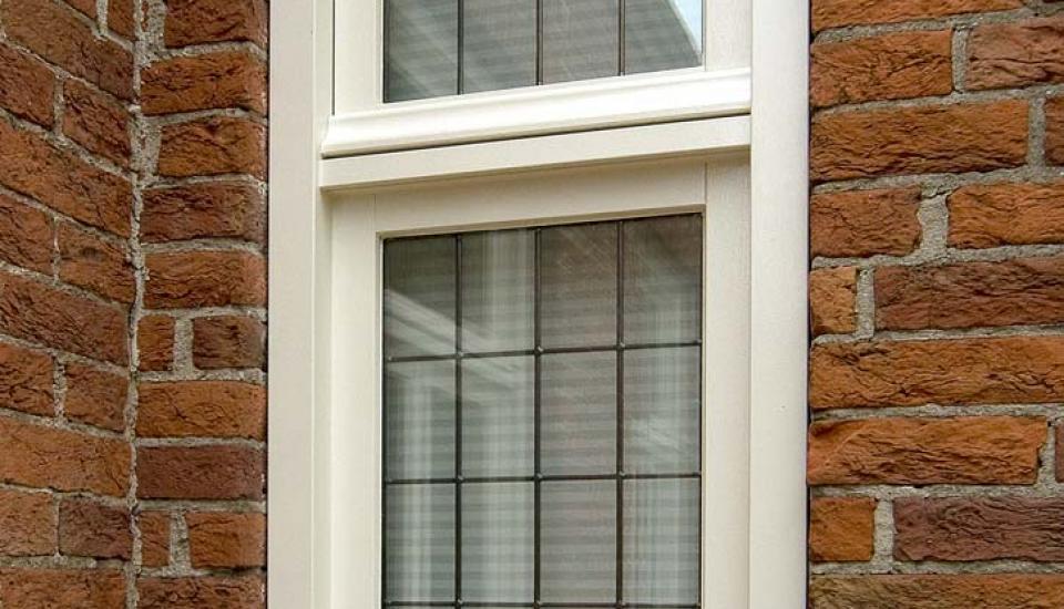 Glas-in-lood smal raam